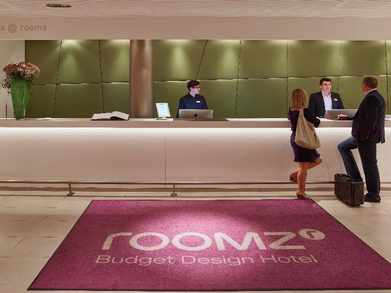 Lobby Roomz Hotel Vienna