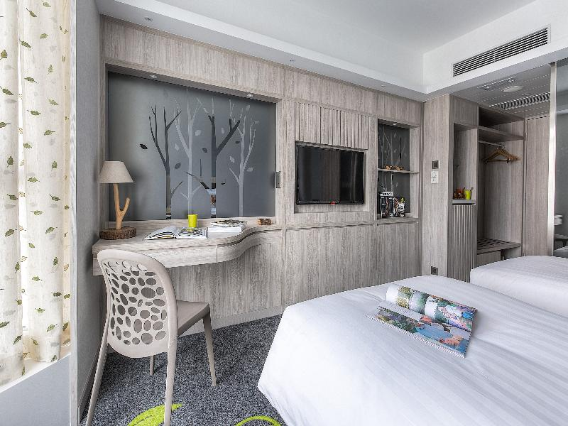 Room Stanford Hillview