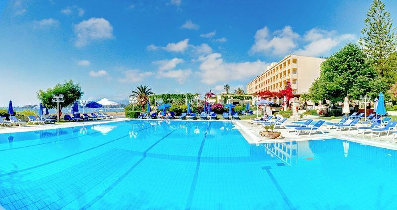 Pool Corfu Palace