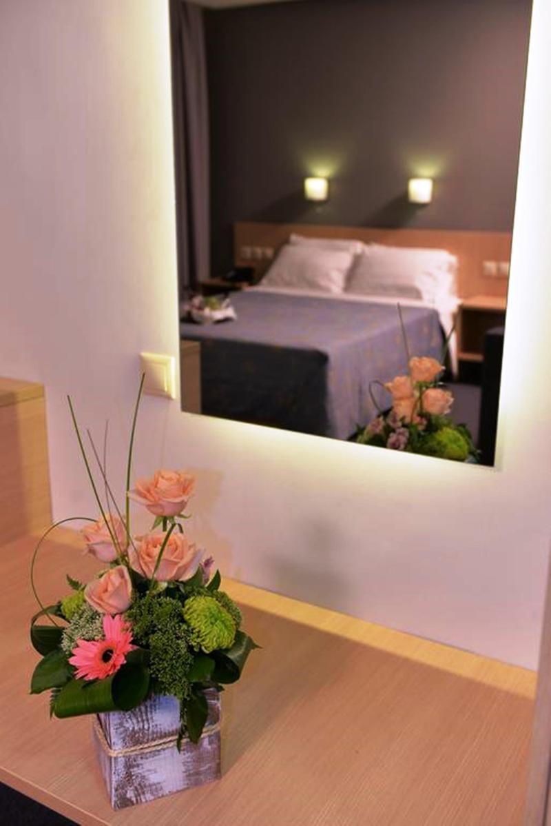 Mediterranee Htl Patra - Room - 7