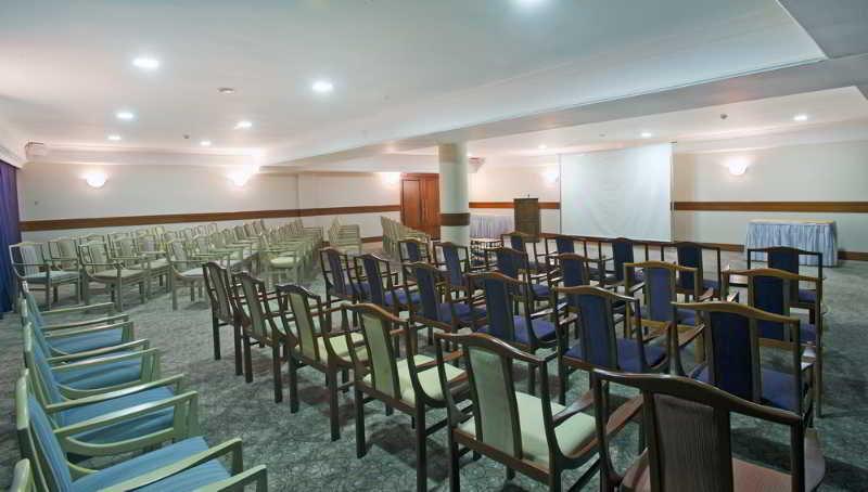 Crystal Kaymakli - Conference - 4