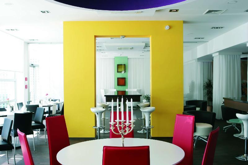 Rooms in galerie design hotel bonn bonn germany for Designer hotel bonn