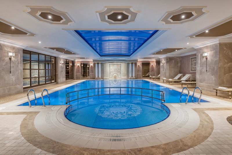 Pool Elite World Istanbul