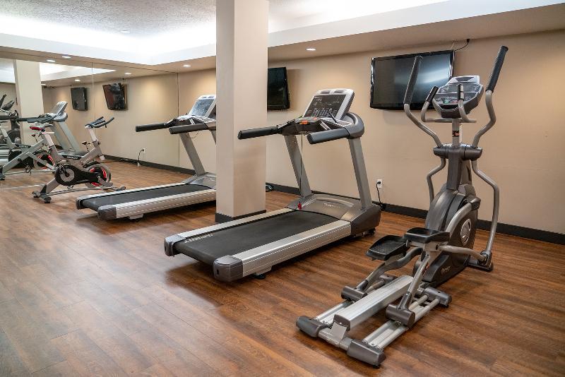 Sports and Entertainment Best Western Plus Pocaterra Inn
