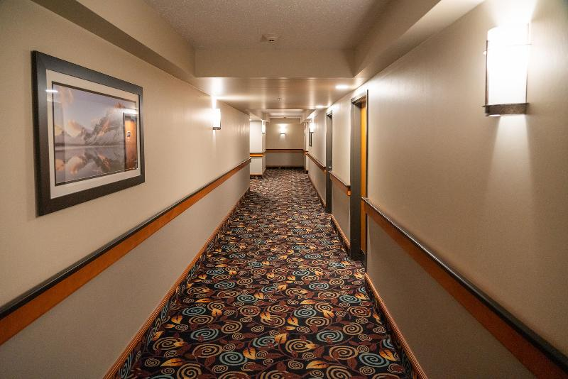 Lobby Best Western Plus Pocaterra Inn