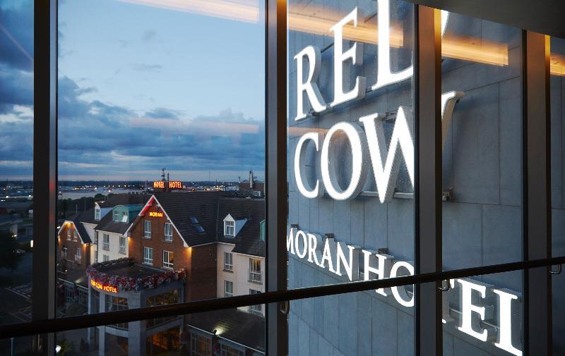 General view Red Cow Moran