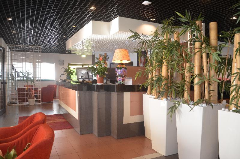 Lobby Green Hotel Motel