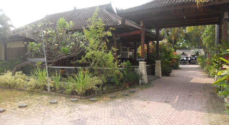 Bali Lovina Beach Cottage - Hotel - 8