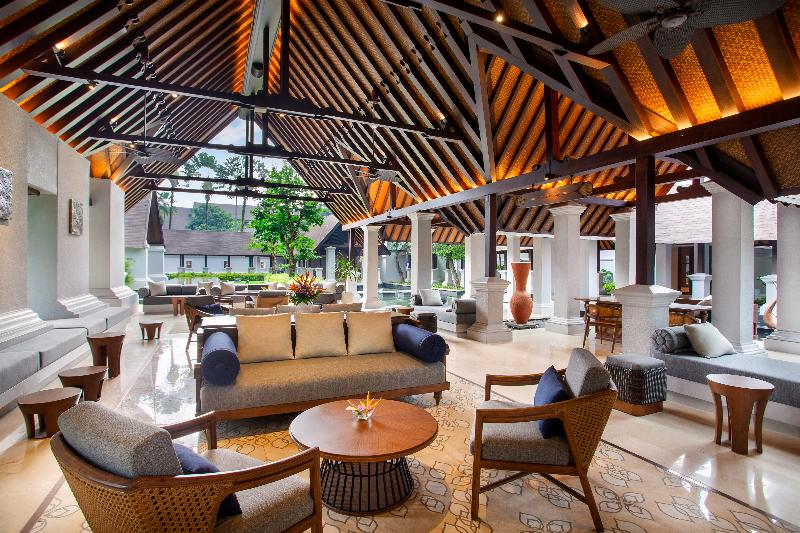 Lobby Novotel Bogor Golf Resort