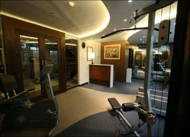 Sports and Entertainment Crown Regency Hotel - Makati