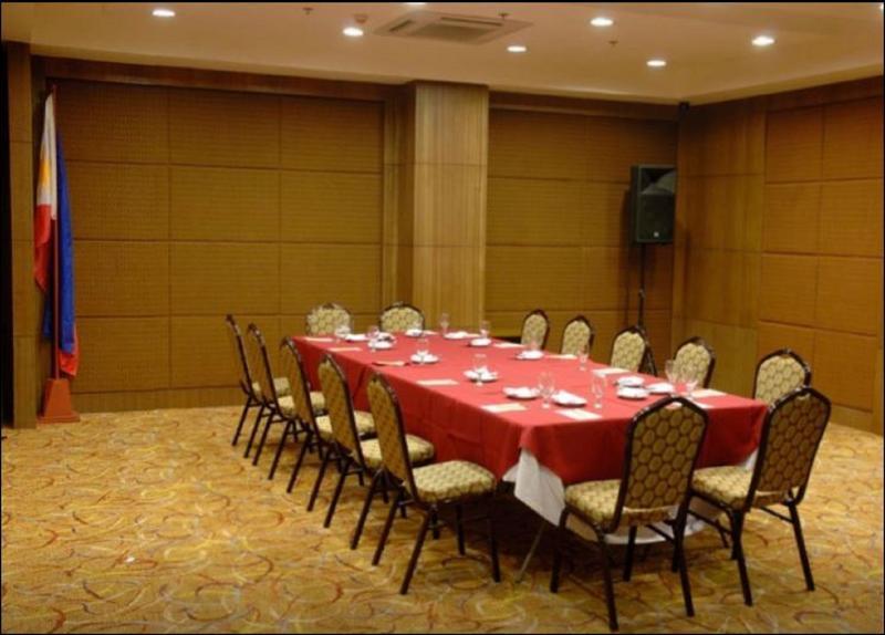Conferences Crown Regency Hotel - Makati