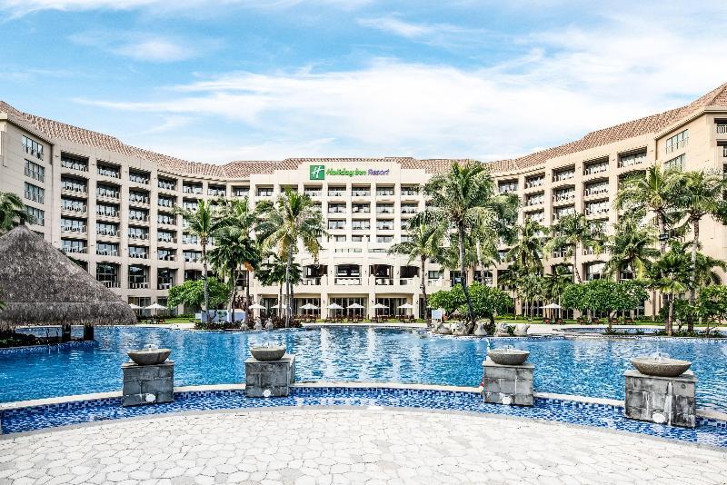 Pool Holiday Inn Resort Sanya Bay