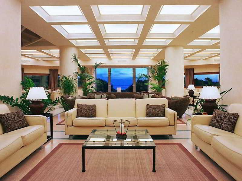 Lobby Tombolo Talasso Resort