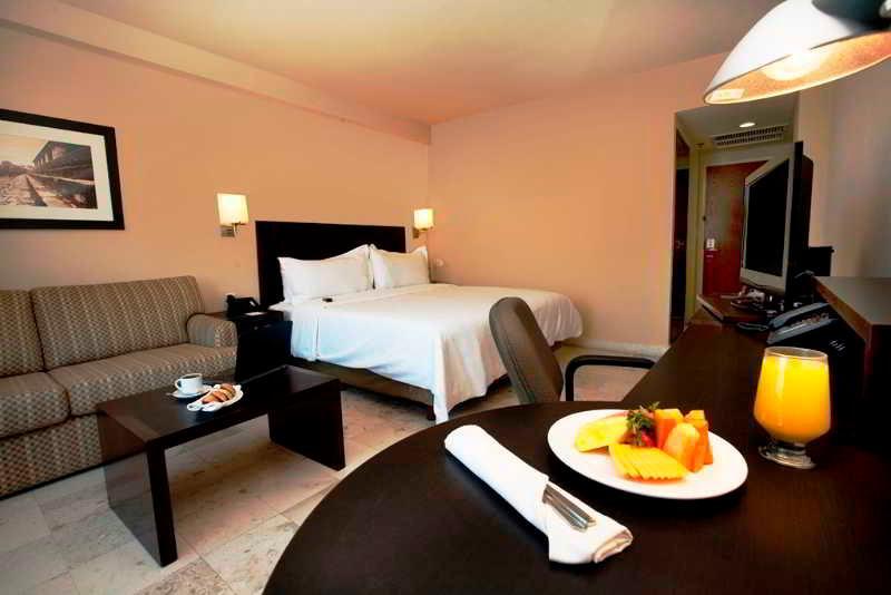 Room Fiesta Inn Tuxtla Gutierrez