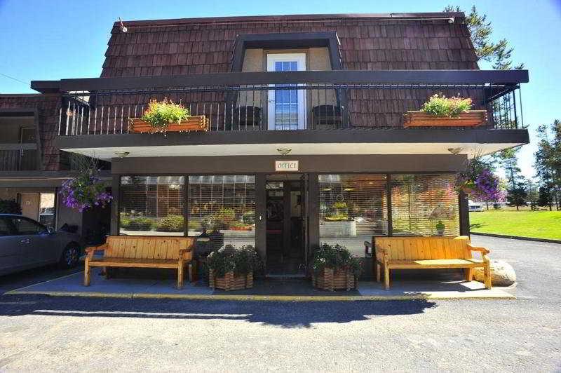 General view Tonquinn Inn
