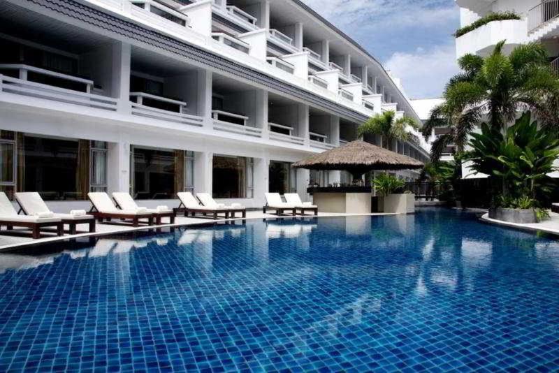 Pool Swissotel Resort Phuket Patong Beach