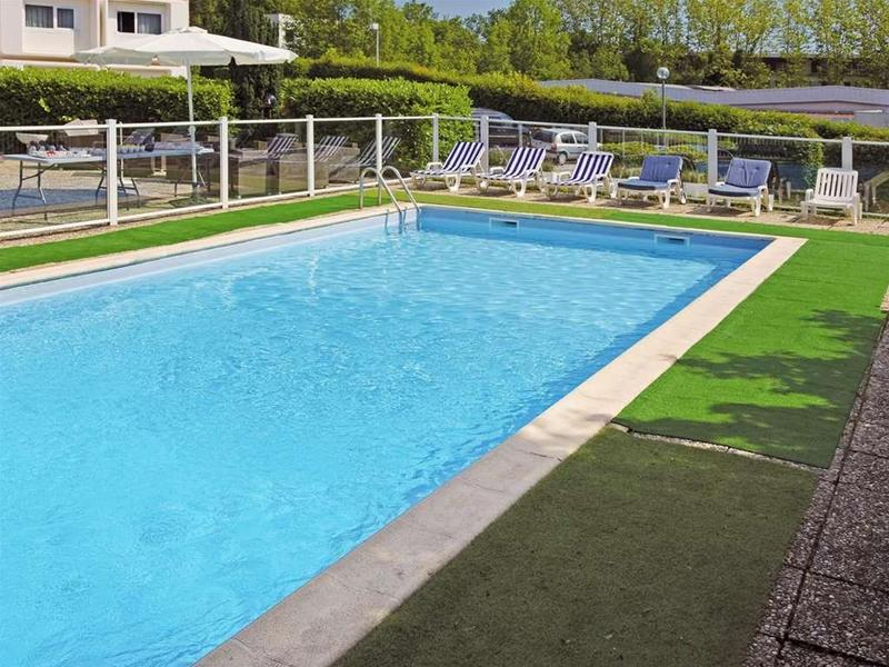 Mercure Annecy Sud - Pool - 2