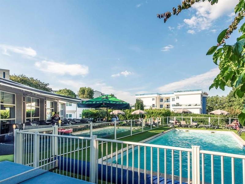 Mercure Annecy Sud - Pool - 13