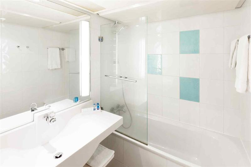 Room Novotel Amboise