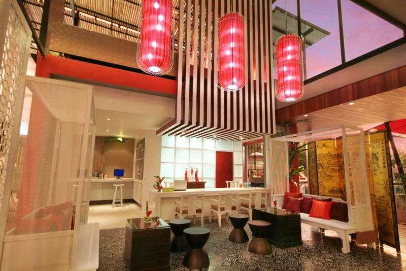 Lobby Red Ginger Chic Resort