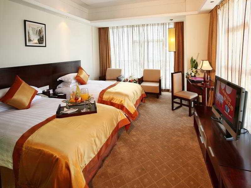 Room West Lake Golden Plaza
