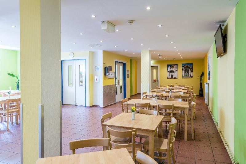 Restaurant A&o Wien Stadthalle