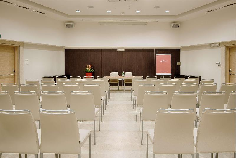 Conferences Nh Collection Roma Giustiniano