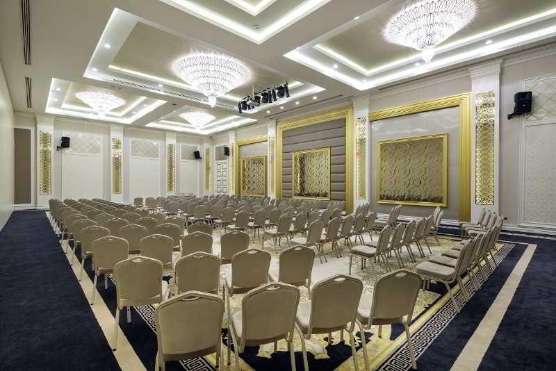 Conferences Bellis Deluxe Hotel