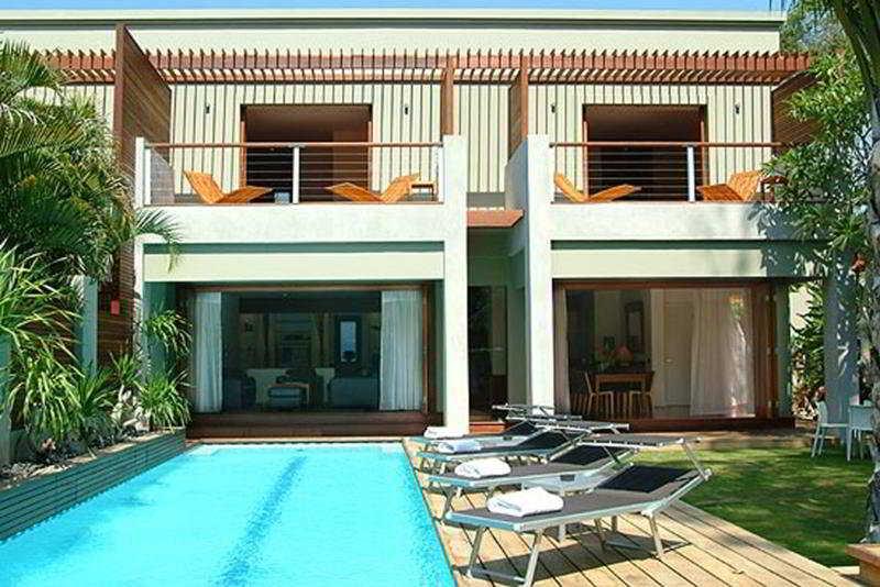 Pool Downtown Villas