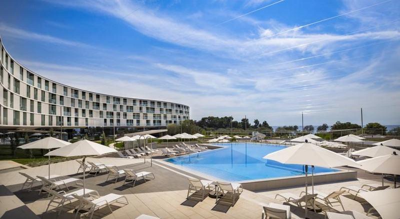 Pool Family Hotel Amarin