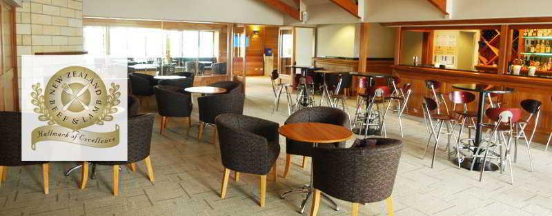 Quality Hotel Plymouth International - Bar - 3