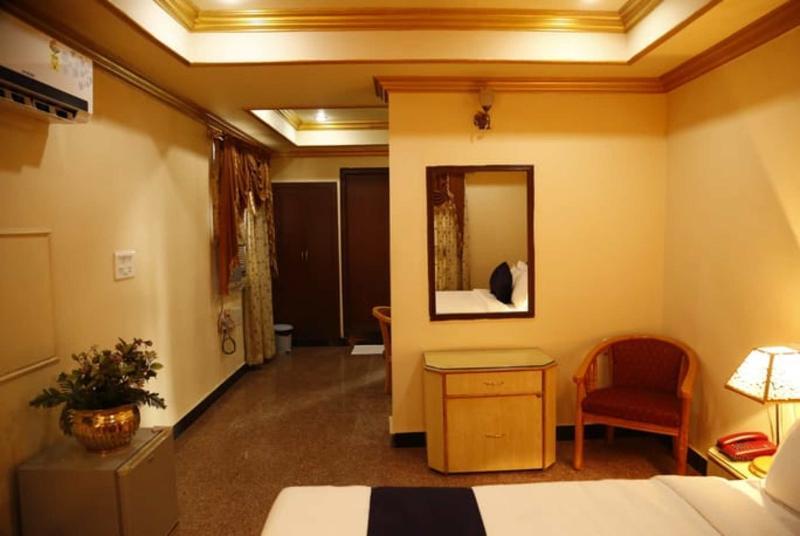 I.K. London Residency - Room - 8