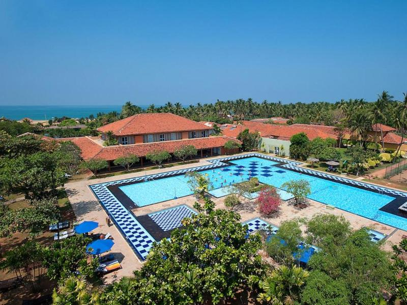General view Club Palm Bay Marawila
