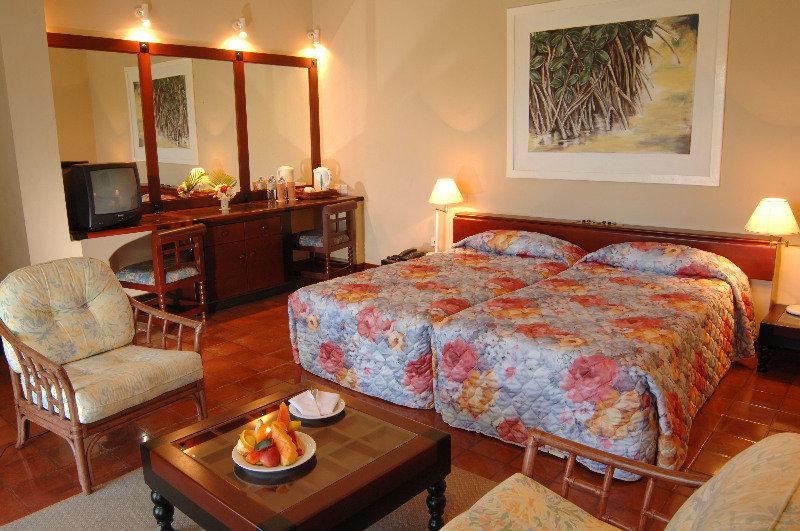 Room Club Palm Bay Marawila