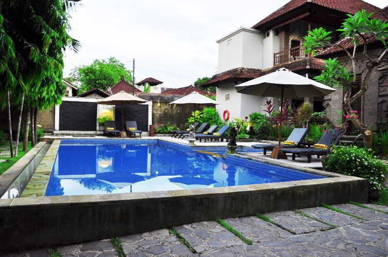 Pool Puri Sading Hotel
