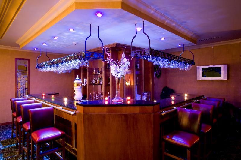 Bar The Green Park Hotel Merter