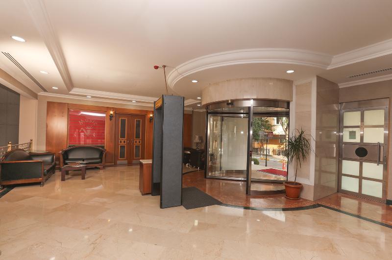Lobby The Green Park Hotel Merter