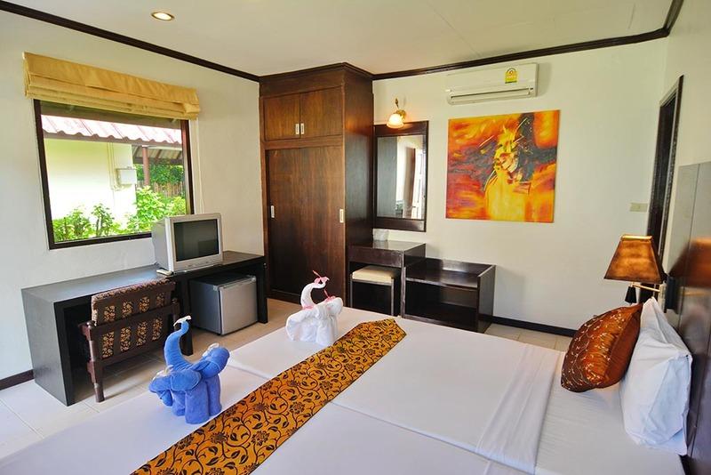 Golden Bay Cottages - Room - 1