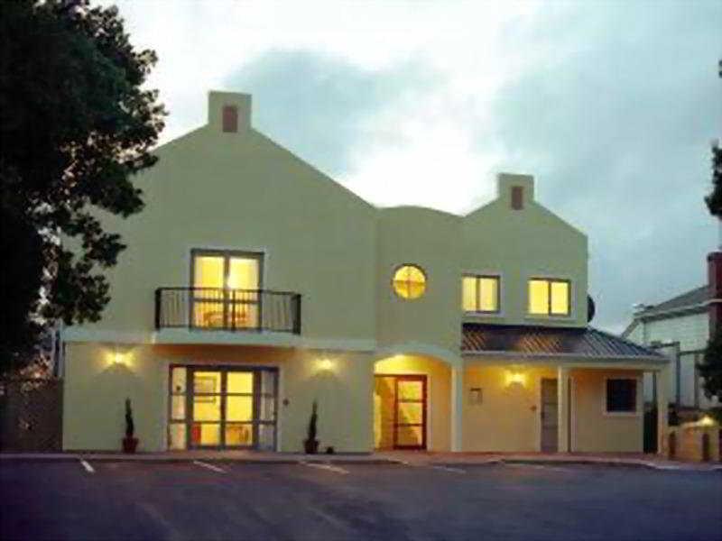 General view Comfort Inn Elliotts Paraparaumu
