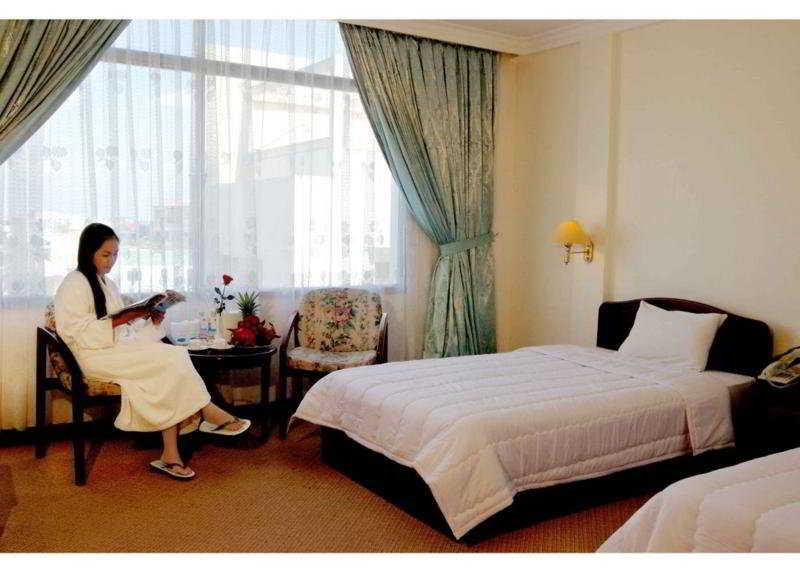 Room Saigon Tourane