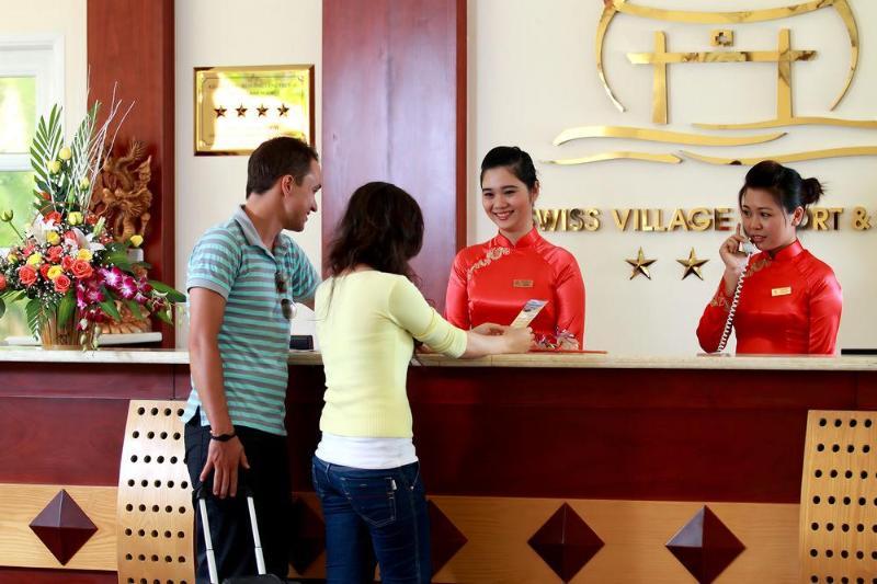 Swiss Village Resort & Spa - Hotel - 2