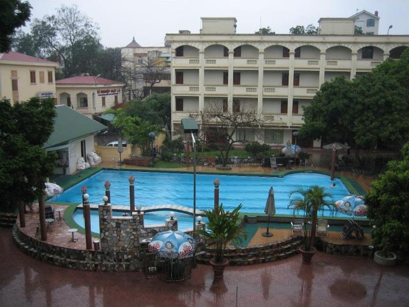 Army - Hotel - 1