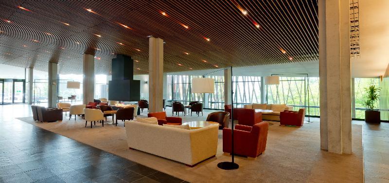 Lobby La Mola & Conference Center