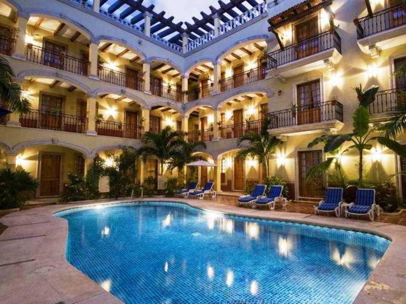 Pool Hacienda Real Del Caribe
