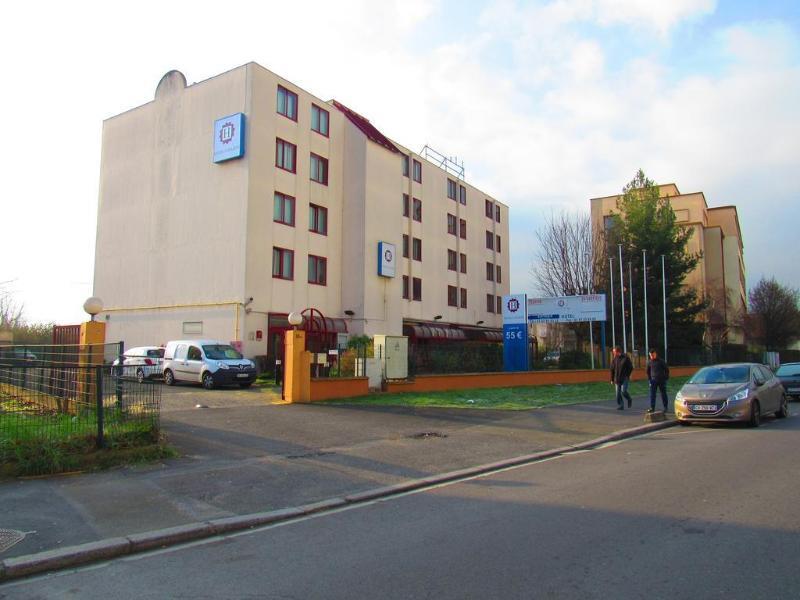 Comfort Hotel Gennevilliers - Hotel - 1