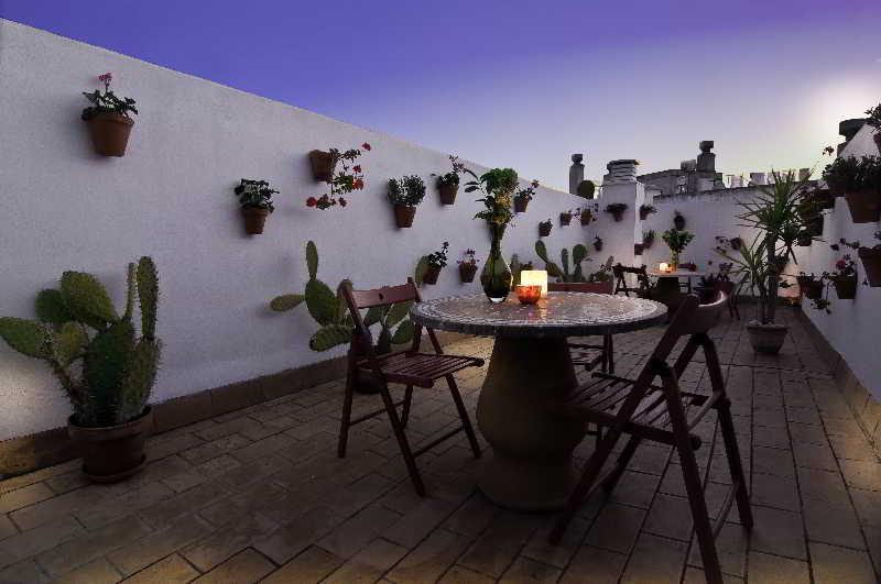 Terrace Un Patio Al Sur