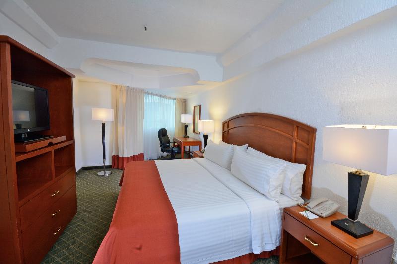 Room Krystal Pachuca