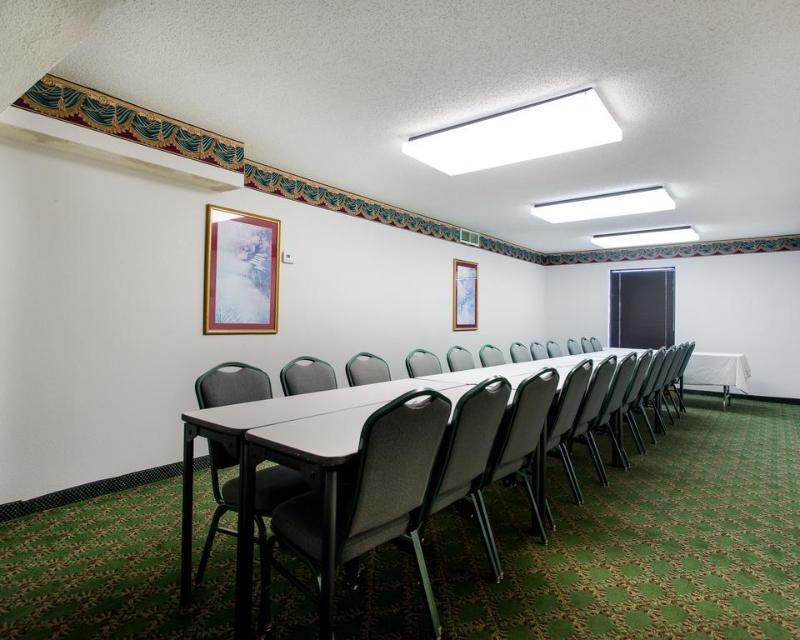 General view Econo Lodge South