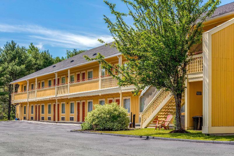 General view Econo Lodge (freport)
