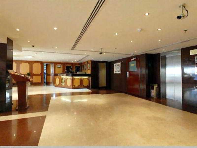 London crown 1 bur dubai hotel cheap and budget london for London hotel dubai